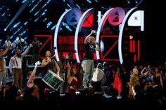 """""""Ayotzinapa somos todos"""", grita Residente en Grammy�s Latinos"""