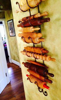 New Kitchen Utensils List Rolling Pins 56 Ideas Kitchen Utensils List, Kitchen Utensil Storage, Kitchen Gadgets, Vintage Wine, Vintage Kitchen, Vintage Art, New Kitchen, Kitchen Decor, Kitchen Ideas