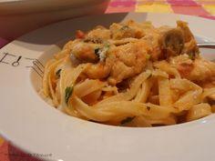 Receita Prato Principal : Fettuccini com frango, cogumelos e manjericão de 7gramasdeternura