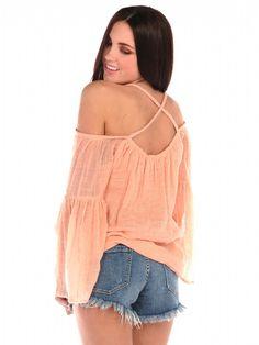 http://www.pinkmascara.com/front-keyhole-sleeveless-top/68005/474210