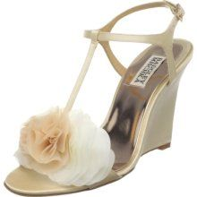 Badgley Mischka Lyndee - perfect beach wedges!  On order, hope they fit!