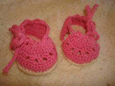 """chaussons espadrilles coton  """"phildar"""" création """"queen mum babies"""""""