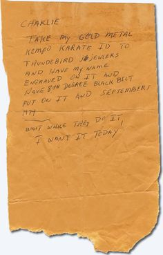 Note from Elvis Presley to Charlie Hodge. Elvis is referring to his Karate Belt. King Elvis Presley, Elvis Presley Family, Elvis Presley Photos, Graceland, Are You Lonesome Tonight, Memphis Mafia, Elvis Quotes, Elvis Memorabilia, Memphis Tennessee