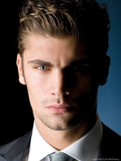 Most Beautiful Faces, Gorgeous Eyes, Handsome Italian Men, Gabriel, Novel Characters, Attractive Guys, Male Face, Male Beauty, Facial Hair