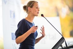 Get nervous at the thought of public speaking? Sarah Lloyd-Hughes, author of How to be Brilliant at Public Speaking gives us 13 tips on how to give a winning speech. Public Speaking Tips, Presentation Skills, Keynote Speakers, Body Language, Public Relations, Personal Branding, Business Women, Business Stories, Business Quotes