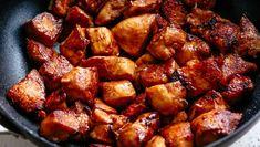 Egy kínai klasszikus: gong bao csirke - HENI SÜT NEKED Bao, Kung Pao Chicken, Pork, Chinese, Foods, Ethnic Recipes, Pork Roulade, Food Food, Pigs