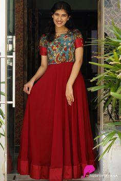 Vestidos e Vestidos - Casa da Ayana - Long dress - Gowns Long Gown Dress, Lehnga Dress, Saree Gown, Long Gowns, Long Dresses, Punjabi Dress, Frock Dress, Dress Skirt, Long Dress Design