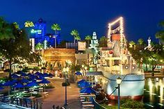 Disney鈥檚 Hollywood Nights  photographer: Tom Bricker  location: Disney鈥檚 Hollywood Studios