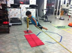 Keep your Body Kids Workout, Exercise For Kids, Basketball Court, Kids Rugs, Sports, Training, Hs Sports, Kid Friendly Rugs, Sport