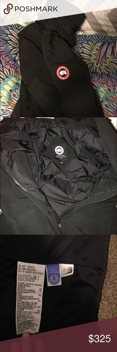 Women's Canada goose medium Barely used women's Canada goose great condition it was bought in New York my mom didn't really use it so I'm selling it Canada Goose Jackets & Coats