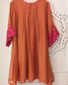 Pakistani Fancy Dresses, Pakistani Fashion Party Wear, Pakistani Dress Design, Pakistani Outfits, Pakistani Kurta, Pakistani Bridal, Indian Outfits, Fancy Dress Design, Stylish Dress Designs