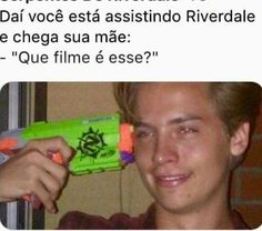 Cole M Sprouse, Dylan Sprouse, Riverdale Funny, Riverdale Memes, Camilla Mendes, Riverdale Cole Sprouse, Teen Wolf Memes, Betty And Veronica, Teen Wolf Stiles