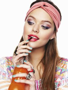 Fun and youthful beauty and makeup looks featured in Brazilian magazine Capricho.