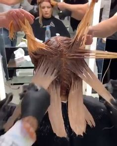 Easy Hairstyles Videos For Prom is part of Gorgeous Prom Hairstyles Cute Easy Prom Hair hair hairs hairy hairideas haircolor haircoloring - Hair Cutting Techniques, Hair Color Techniques, Easy Hairstyle Video, Hair Videos, Hairstyles Videos, Prom Hairstyles, Easy Hairstyles, Hair Transformation, Balayage Hair