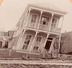 This Day in History September 8 1900 - Deadly Hurricane Hits Galveston Texas 1900 Galveston Hurricane, Texas Hurricane, Galveston Texas, Galveston Island, Texas History, Us History, Corpus Christi Texas, Archaeological Discoveries, Texas Travel