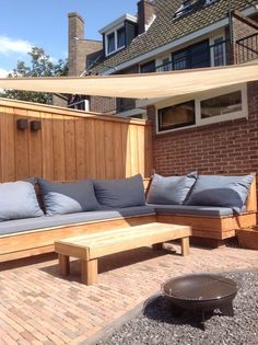 Outdoor Gazebos, Outdoor Areas, Outdoor Sofa, Outdoor Living, Outdoor Decor, Diy Garden Furniture, Garden Sofa, Deck Furniture, Terrace Design