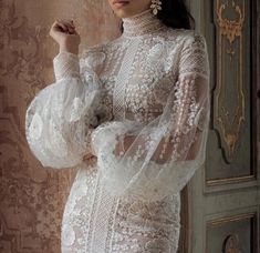 ideas for haute couture bridal gowns brides Lace Wedding Dress With Sleeves, Long Sleeve Wedding, Lace Dress, Most Beautiful Dresses, Pretty Dresses, Best Wedding Dresses, Wedding Gowns, Wedding Hijab, Bridal Hijab