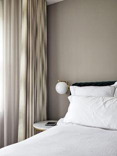 Beige Walls Bedroom, Bedroom Colors, Home Decor Bedroom, Modern Bedroom, Minimal Bedroom Design, Ikea, Home Interior, Interior Design, Interior Livingroom
