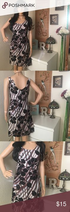 JESSICA BY CHRISTOPHER L Summer Sun Dress JESSICA BY CHRISTOPHER L Summer Sun Dress. Brown, ivory, and black with hints of blue. U shaped back. JESSICA BY CHRISTOPHER L Dresses