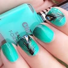 Latest 45 Easy Nail Art Designs for Short Nails 2016 Great ready to book your next manicure, because Get Nails, Fancy Nails, How To Do Nails, Hair And Nails, Peacock Nail Art, Feather Nail Art, Feather Design, Peacock Nail Designs, Peacock Design