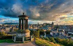 Edinburgh: Tolles Essen, schöne Aussicht, und unglaubliche Parties. Es kann passieren, dass du länger in Edinburgh bleiben willst. - 17 Gründe, warum Edinburgh deine Reisepläne ruinieren wird