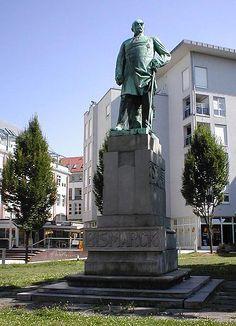 Bismarckdenkmal im Bismarckpark in Heilbronn Germany
