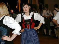 Tracht in Tirol. Lienz Austria Modest Dresses, Needle And Thread, Switzerland, Southern, Germany, Costumes, Traditional, Womens Fashion, Style