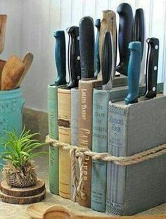 52 Smart And Unusual Book's Storage Ideas For Book Lovers - GODIYGO.COM - Messerblock aus Büchern The Effective Pictures We Offer You About home diy A quality picture can - Books Decor, Diy Casa, Book Storage, Smart Storage, Knife Storage, Diy Storage Ideas For Books, Hidden Storage, Creative Storage, Garage Storage