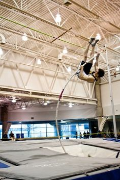 Dordt College Pole Vaulting