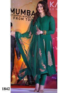 aishwarya-rai-green-anarkali-suit-at-kalyan-jewellers-mumbai-800x1100.jpg