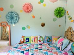 A Mix of New & Old, Neon & Natural A Big Girl Room via Sweet Magnolia Way #hotpink #blue #gold
