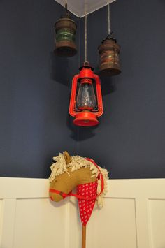 hanging lanterns for the back porch, mancave, kitchen or any place you need a little light ; )