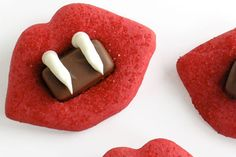 yummy vampire treats....click for recipe!