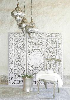 moroccan inspired bohemian boho chic flair flooring - luxury residential textiles - los angeles flooring home renovation restoration ideas #Karinarussianpowpow #MoroccanDecor