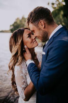 Bröllopsfotograf i Göteborg med ett personligt bemötande. Du kommer se  kärlek i era ögon och 691c46437a0a7