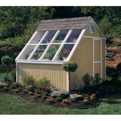 Complete greenhouse with a minimal footprint.