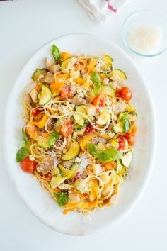 Farmers market pasta: Summer pasta tossed with a mess of tender, of the moment veggies herbs, coated with a slick of buttery white wine sauce and grated parm. Summer Pasta Recipes, Dinner Recipes, Dinner Ideas, Lunch Recipes, Drink Recipes, Semarang, Zucchini Pesto, Eggplant Zucchini, Pasta Al Pesto