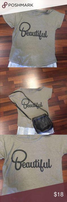 Beautiful cotton t shirt sz sm jd load out apparel Cute beautiful jd apparel soft cotton t shirt grayish green color Tops Tees - Short Sleeve