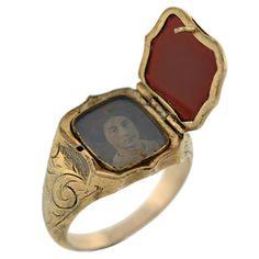 Victorian Sterling Gilt & Agate Signet Locket Ring