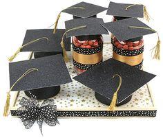 Dulceros para Graduaciones / Recuerdos de Graduación Graduation Scrapbook, Graduation Crafts, Graduation Ideas, Graduation Party Centerpieces, Graduation Decorations, Sweet Bags, Graduation Celebration, Eagle Scout, Grad Cap