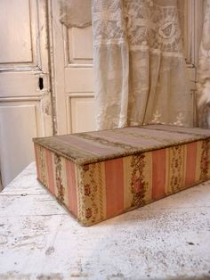 Franse stoffen doos