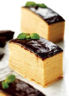 Chocolate Mille Crepes Femina Crepes, Cake Recipes, Dessert Recipes, Desserts, Crêpe Recipe, How To Cook Pancakes, Crepe Cake, Traditional Cakes, Mille Crepe