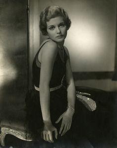 Joan Bennett (1928) | Photographer: Edward Steichen