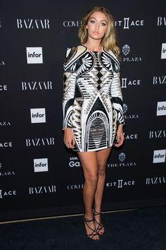 Gigi Hadid luce ya un vestido de la colaboración de Balmain para H&M.