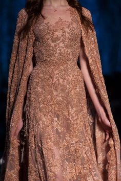 themakeupbrush:  Ralph & Russo Fall 2015 Couture  http://its-vogue-baby.tumblr.com