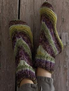 Free Alaska Color Homesocks knitting pattern - Make house socks (aka slippers)…