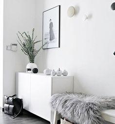 "Fresh eucalyptus & so stylish poster ""HAPPY MOMENTS"" from talented photographer Vibeke aka @posterhouse.no ... This is perfect match... #posterhouse_no • • • #ilovemyinterior #scandinavianhome #scandinaviandesign #whiteinterior #minimalism #bolig #boligpluss #deco #styling #interior_and_living #interiordecor #interiør #interior123 #interior4inspo #skandinaviskehjem #instadaily #interiorwarrior #interiorforinspo #decoration #simplicity #interiør #myhome #mynordicroom #finahem #nordic..."