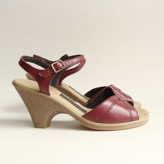 46b41f02a14 Items similar to shoes 5.5 6   cranberry red leather wedges   high heel  sandals   wedge heels   80s 1980s heels   shoes size 5 6 on Etsy