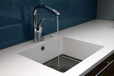 Design by VAMØ – Interiørarkitektur, boligstyling og lysdesign Sink, Design, Home Decor, Sink Tops, Vessel Sink, Decoration Home, Room Decor, Vanity Basin