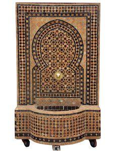 Ein marokkanischer Mosaikbrunnen verwandelt jeden Raum in eine Wohlfühloase mit orientalischem Flair.